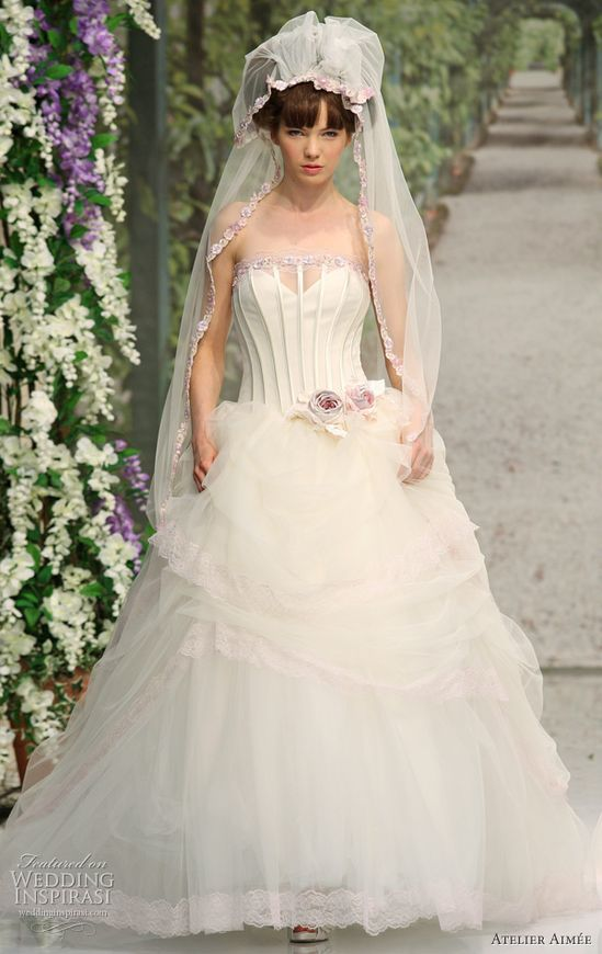 Sweet wedding dresses from Atelier Aimee 2011 Montenapoleone bridal collection