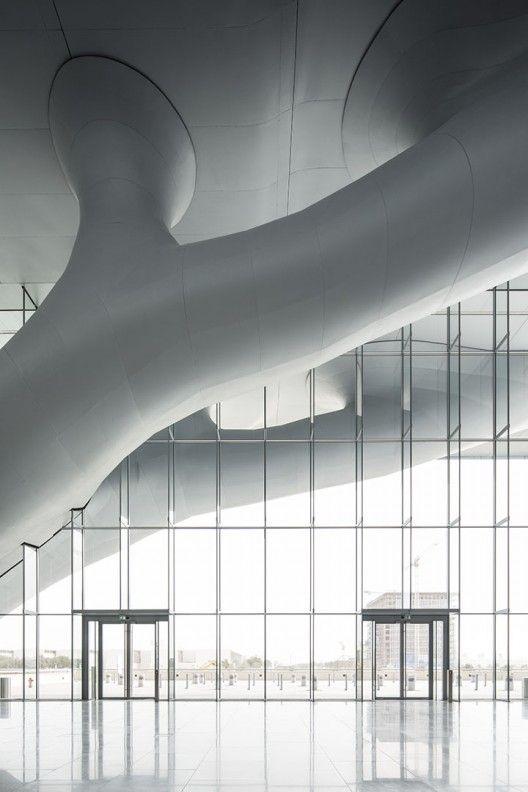 Qatar National Convention Centre by Arata Isozaki © Nelson Garrido