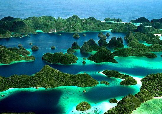 Острови Раджа Ампат, Индонезия