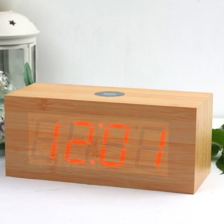 Click Clock Big Radio  by Gingko    Snap your fingers and get the time! Love it :)