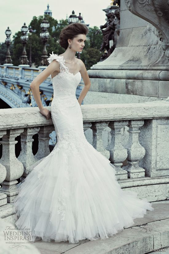 """TIMELESS"" WEDDING DRESS COLLECTION 2013"