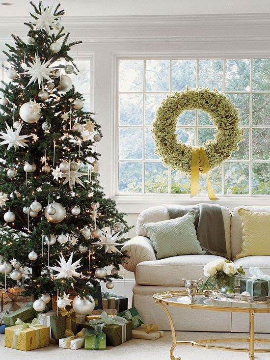 A beautiful silver and white Christmas tree...