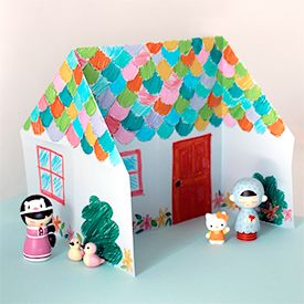 Origami dolls house with this step-by-step tutorial. Easy paper craft for kids.