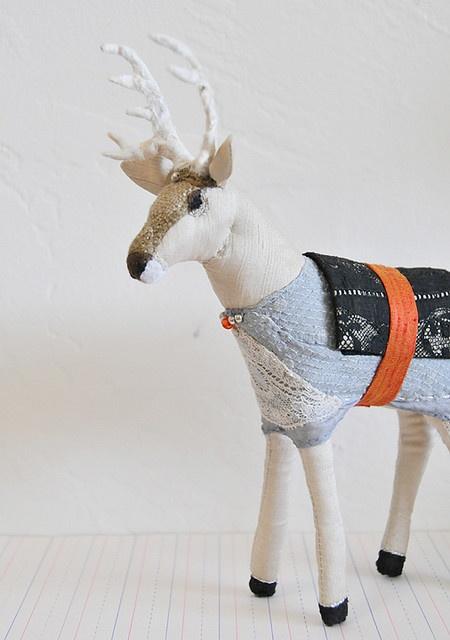 White deer by Lemmikkiapina