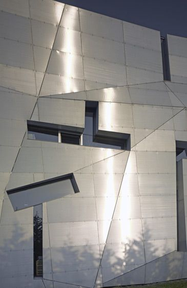 Loisium STEVEN HOLL ARCHITECTS