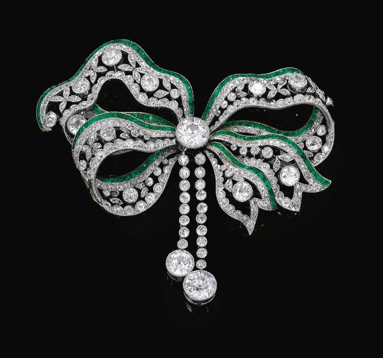 Emerald and diamond brooch, Circa 1900