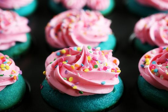Blue and Pink cupcakes!