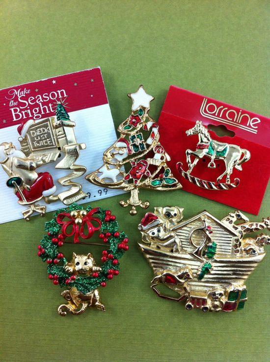 Vintage Christmas brooch lotsanta rocking by TheOldJunkTrunk, $15.00