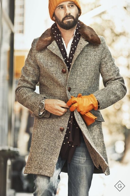knitted hat, leather gloves: winter swag