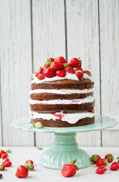 Layered Cake with Strawberries & Cream.