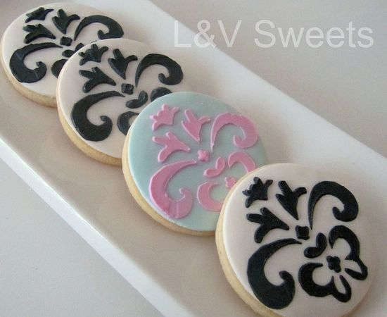 Pretty damask cookies