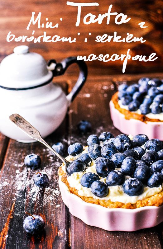 Delicious Personnel: Mini tart with blueberries and mascarpone