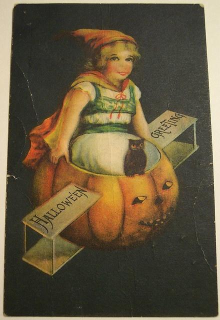 .Vintage Halloween card