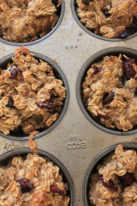 GOOD Healthy Oatmeal Muffins. Microwave for 30 seconds to serve. Can freeze.  5 cups (rolled oats, salt, dried fruit (eg, chocolate chips, nuts, chia seeds, flax seed), cinnamon, combination of bananas and/or unsweetened applesauce, maple syrup, water, coconut oil,vanilla)
