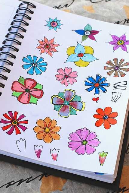 Cute little flower doodles. And there are other good doodles here too.