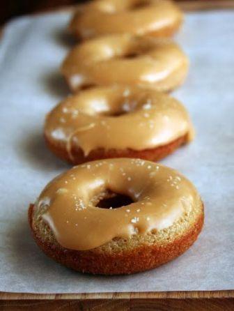 // Salted Caramel Apple Cider Baked Donuts