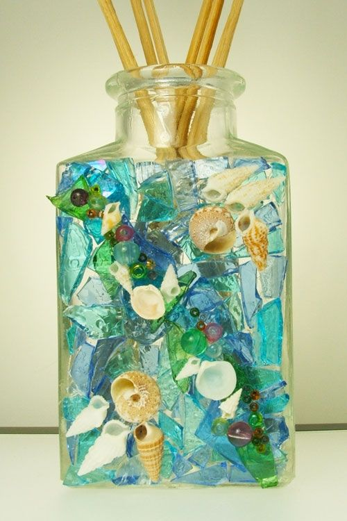 GlassCrafts:How To Glass Mosaic Bottles For Creative Keepsakes