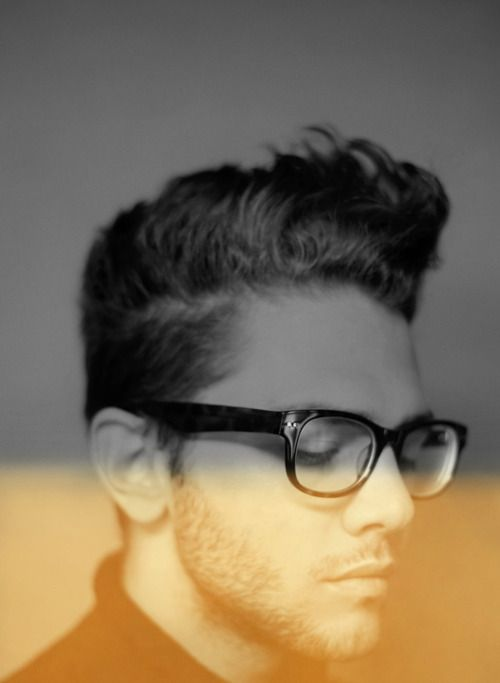 guys hair, with classic glasses= spiffy!