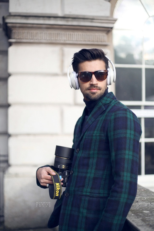I wish my hair looked this good. In fact, I wish I generally looked this good.  #menswear #fashion #streetstyle