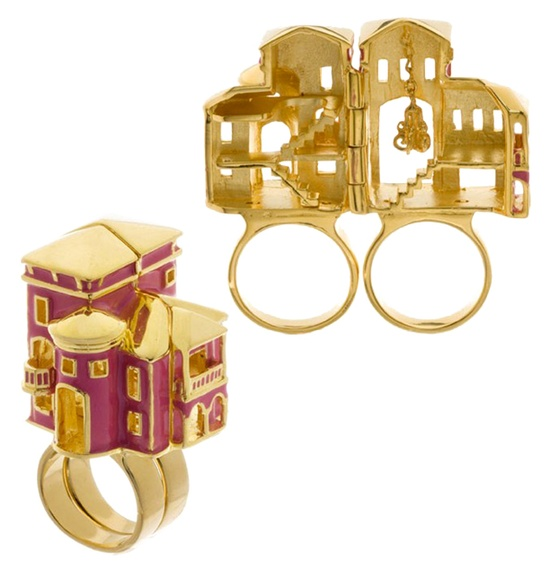 Barbie dream house hinged ring