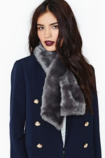 Minx Faux Fur Collar