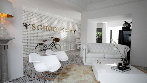 School SS99 Office Design