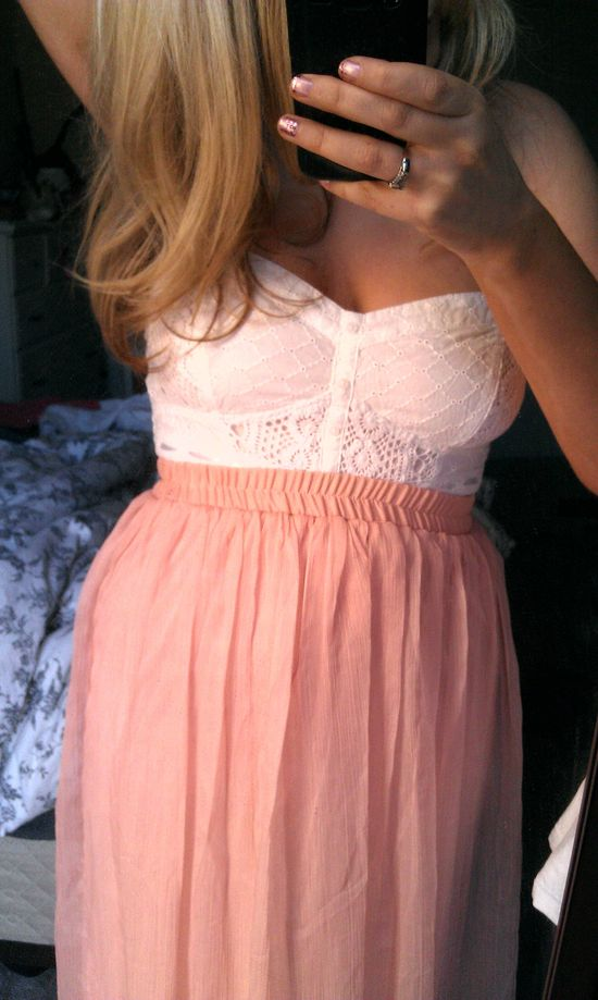 Cute crop top and maxi skirt www.studentrate.c...