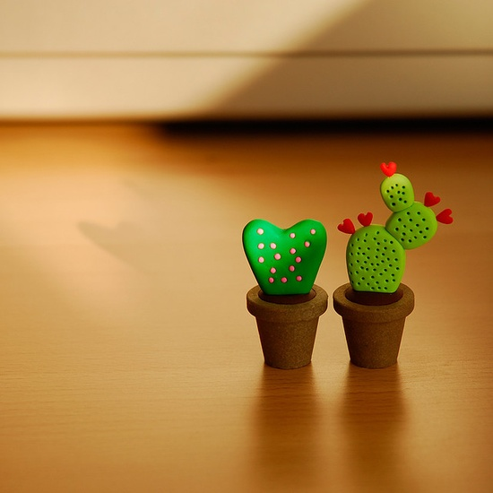 polymer clay cacti. cute!