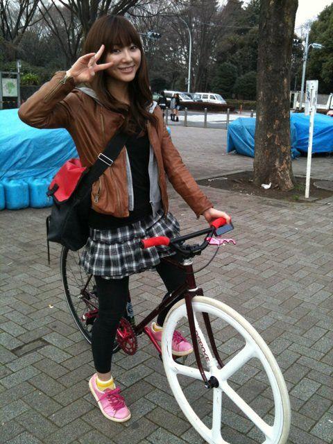 Japonka na rowerze