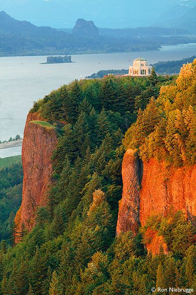 "Another pinner wrote: ""Vista House at Crown Point State Park along the Historic Columbia River Highway, just outside Portland OR • photo Ron Niebrugge"