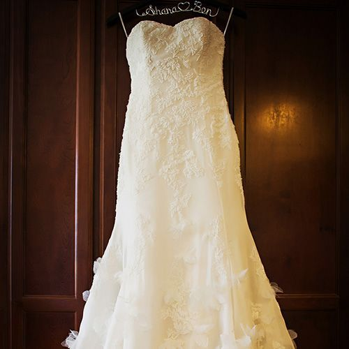 Real Weddings - In Bliss Weddings: The bride wore a Pronovias mermaid style wedding dress from CC's Boutique. It featured a sweetheart neckline, petal-like detail, and a dramatic train for a classic, yet modern feel. Photo Credit: Limelight Photography- See more at: inblissweddings.c...