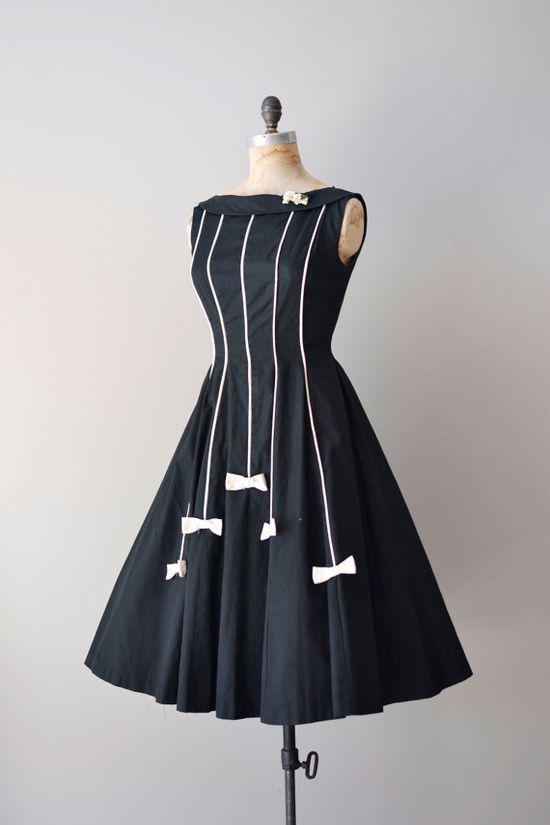 vintage 1950s White tie dress #dress #1950s #partydress #vintage #frock #retro #teadress #petticoat #romantic #feminine #fashion