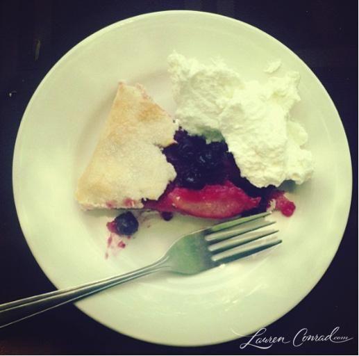 cheat treat {summer berry pie}