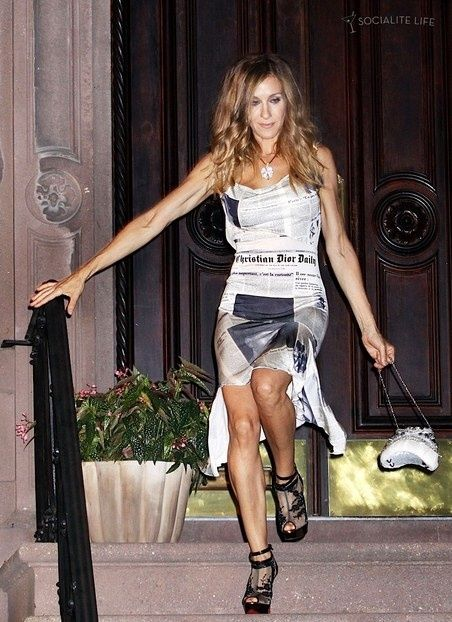 Carrie Bradshaw rocking the newspaper dress!