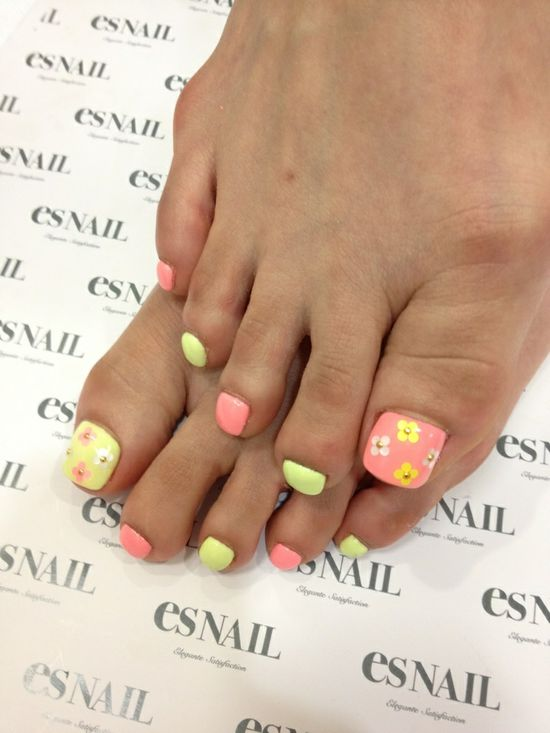 Cute floral toes