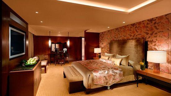 Mandarine Oriental, Hong Kong-> 50 Of The Best Hotels in the World (Part 5)