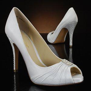 bridesmaid shoe