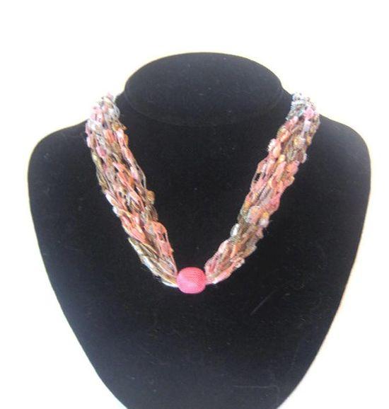 Ladder Yarn Necklace Boho Shabby Chic Pink Gray Crocheted Jewellry by Moomettes Crochet #fashion #necklace #handmade