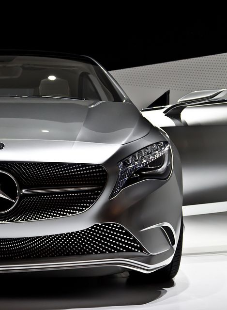*Sports cars, engines* - Mercedes