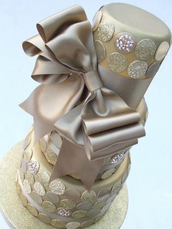 champagne wedding cake design