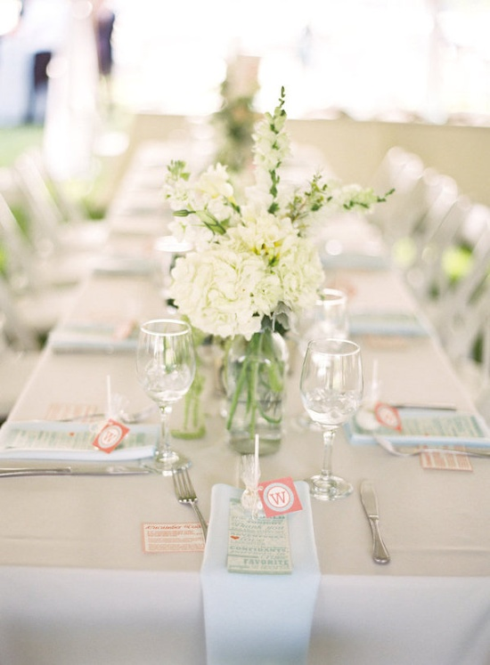 easy chic tablescapes for a seaside affair  Photography by gabeaceves.com, Floral Design by cachefleurwedding...