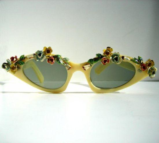 1960s floral sunglasses, adorable