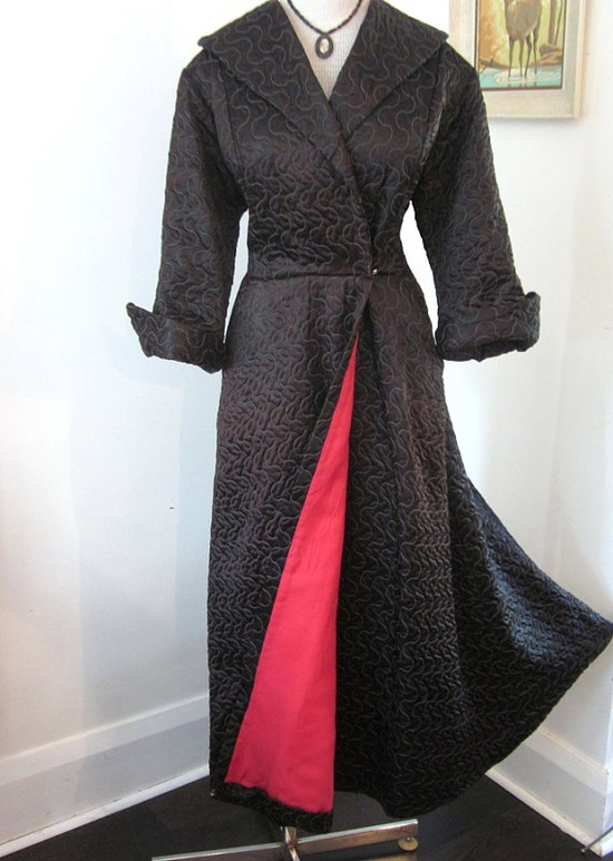 Vintage 1940s - 1950s GLAMOUR VAMP Black and Red Lounging Gown Robe LG