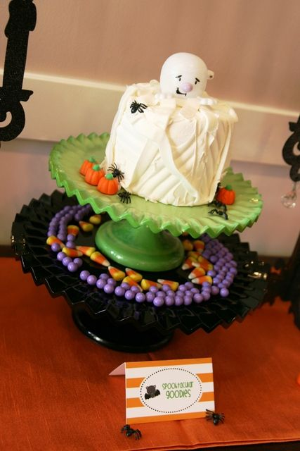 Cute cake at a Halloween Party.  See more party ideas at CatchMyParty.com.  #halloweenpartyideas