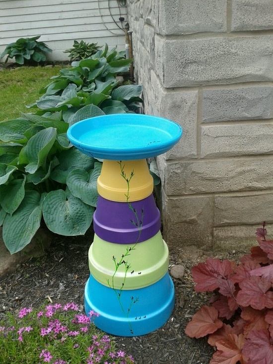 The gift I made for my mom's Mother's Day gift :) she loved it!    Terra cotta birdbath, hand painted