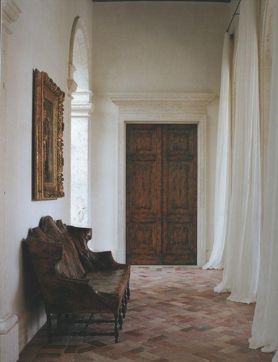 Interiors/Atelier AM