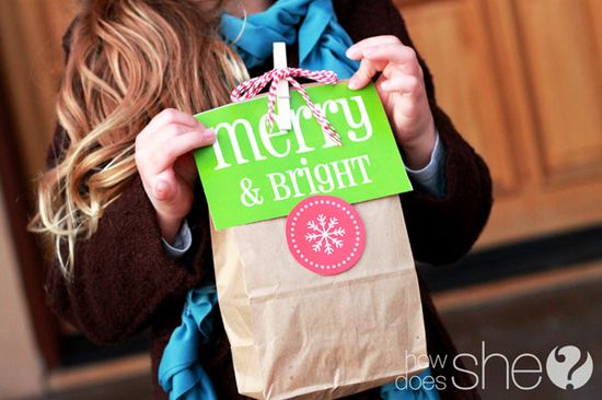 FREE Christmas Printables. Includes tags, banner, card templates