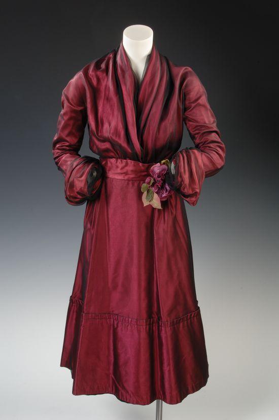 Christian Dior Dress, c. 1950, France / silk, taffeta, tulle / via the Newport Restoration Foundation