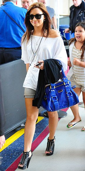 Celebrities Traveling In Style-Demi