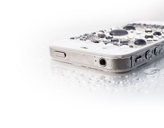LIquipel: Waterproof your phone.